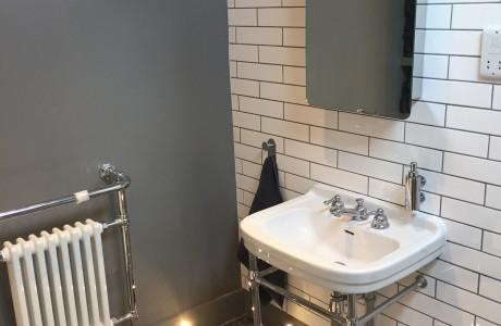 Bathroom 3 (main) (1)